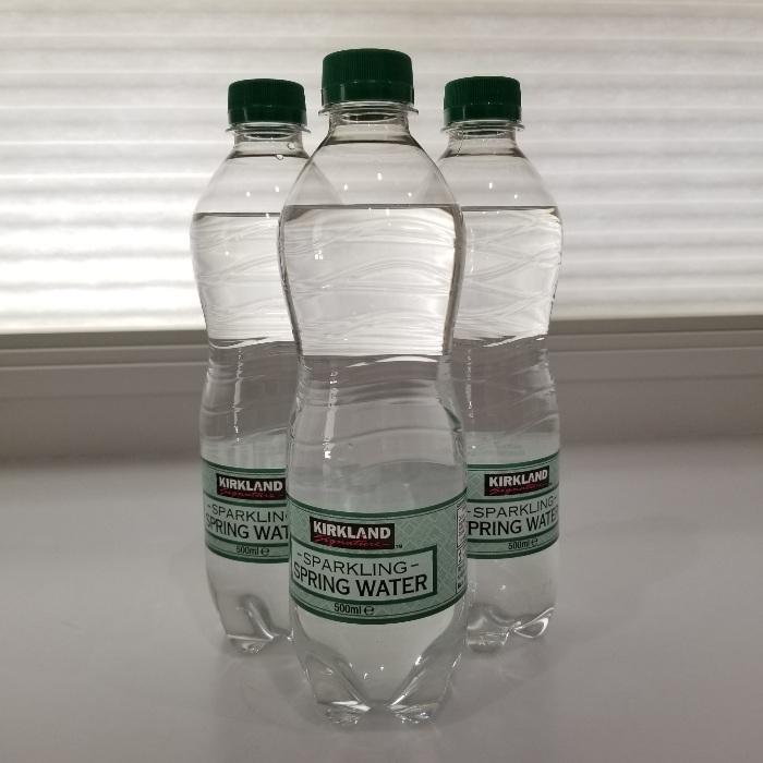 水 カークランド 炭酸